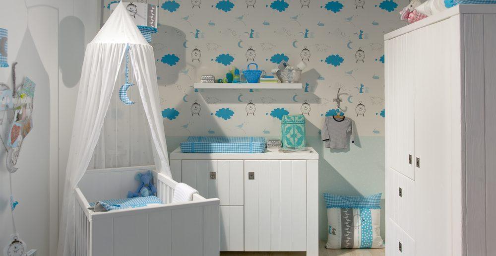 Babyzimmer Blau Weiss Einrichtung Wickeltisch