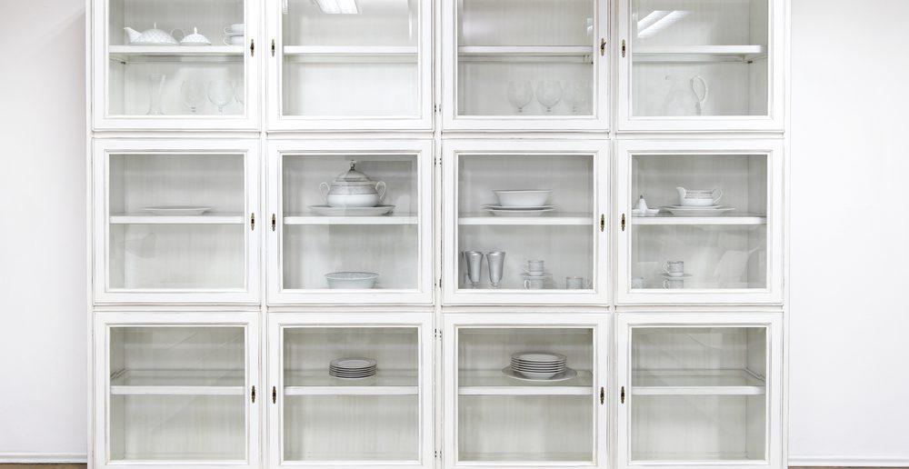 regale mit tren simple schmales regal mit schubladen luxus schrank zubehr online kaufen with. Black Bedroom Furniture Sets. Home Design Ideas