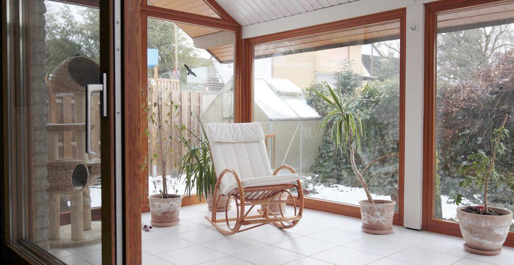 was zeichnet einen holzwintergarten aus ratgeber haus. Black Bedroom Furniture Sets. Home Design Ideas